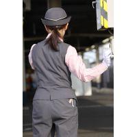 ★リアル鉄道娘★女性車掌・乗務員・駅係員さん画像(5)電車