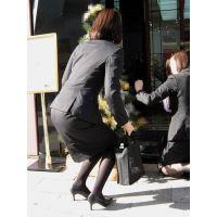 【リクスー】オフィス街で働くタイトスカート女子 その1