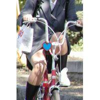 【▼コキチラ】自転車スカートお姉さんのチラチラセット