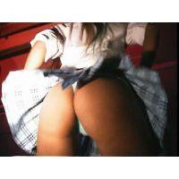 美尻,Tバック,ミニスカ,太もも,パンチラ,セーラー服,制服,美脚, Download