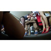 開脚,美脚,手コキ,タイトミニ,Tバック,美尻,パンスト,OL,乳首攻め,複数, Download