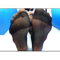 【足フェチ】買い物中の長身JDの黒スト足をチェック!!(黒パンスト編)【動画】