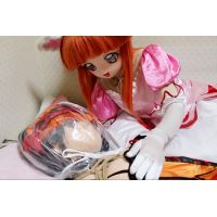 Princess Lione plays with Kurumi