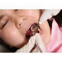 ダメ人間 コウちゃんは銀歯いっぱい。何本あるのかな〜? 動画