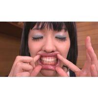 ★★★素人ベロ 歯 ☆接写リアリズム☆ 歯フェチ大興奮★★★素人登場ちひろちゃん☆☆☆