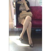【電車】美脚ガン見撮り【対面】
