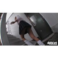 階段パンチラ映像part93 2分