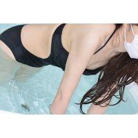 【胸チラ】水着【Aカップ色白美人】まり22歳---06