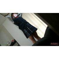 着替え隠撮 美乳パイパン女子 【蔵出し】隙間アングル 制服~スク水