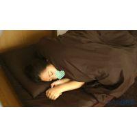 趣味は・・・【寝込みイタズラ】−−秋〇原のリフレで働く女の子−−