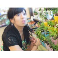 【声かけファイル:001】花屋の店員は盗撮犯〜かわいい少女に質問されてる間に股間を撮りたい放題。食い込むエロカワおぱんちゅを超接