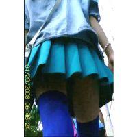 [逆さ撮り第八弾!]青ニーソのアキバ娘スカートの中逆さ撮り動画