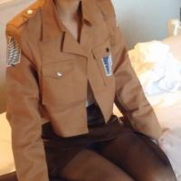 『進○の巨人』調査兵団のコスプレに着替え