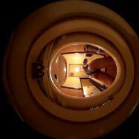 [実験]スクール水着でトイレに座る(360度カメラ)【マニアック・フェチ動画】