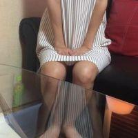 【脚/足フェチ】打ち合わせ中のモデルの脚No.2