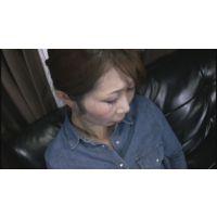 【パンツ染み】 爆乳の熟女は乳首を強く刺激されると濡れるらしい・・・_698