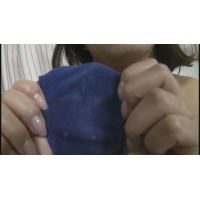 【パンツ染み】 まるでマン拓! 巨乳で美熟女のパンツの汚ジミはマ○コの形がクッキリです!