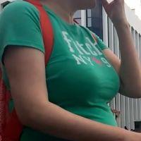 母乳たっぷり!Tシャツ母乳ママに密着!