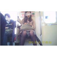 美人女子大生のデルタ 黒タイツ越しの魅惑の△丸見え(ミニスカなのにまったく隠さないから!)3-3(C)