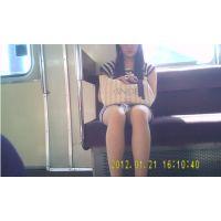 ボディコン女子大生のデルタ 光が差し込んで スーパーデルタまる見え(ミニスカなのにまったく隠さないから!)10-2(A)