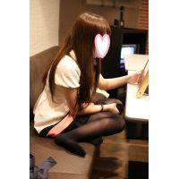 乃○坂系100枚★超美少女★パンチラ★大学一年3(肌色+黒ストッキング)