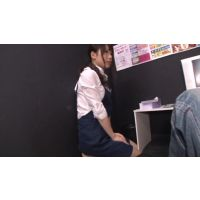 ビデオBOX女性店員の裏サービス!File.5