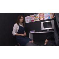 ビデオBOX女性店員の裏サービス!File.8