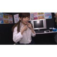 ビデオBOX女性店員の裏サービス!File.9