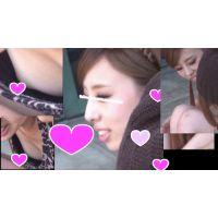 イマドキのギャルっぽいお嬢さんのうすピンクな乳首で胸チラ