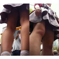 【動画】360度ガン見慣行!! 間近で生脚をガン見しまくりました。パンチラも少しあり。