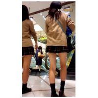 ◆◆◆まるで脚コキ?!激かわエスカレーターミニスカ女良^^◆◆◆