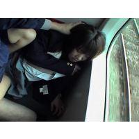 おかっぱ頭のハイソックスJKを電車で痴漢し言いなり人形にキモオタ 2