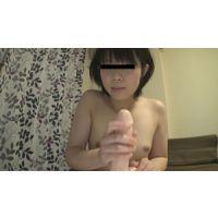 裸で手コキ【くみちゃん】無修正