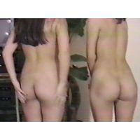 コギャルお友達同士なら変態キモ親父に個人撮影されたも大胆に全裸。