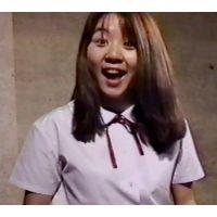 美少女JKが中年オヤジ達の目の前でくねくねダンスとオナニーショー