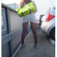 長身168cm!茶髪ロング姉さんのスケスケタイトミニの透けパンティ&パンスト