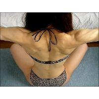 Slender muscle woman - Back and Shoulders -