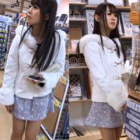 【盗撮】☆S級美女☆エロいパンツが丸見えです・・・