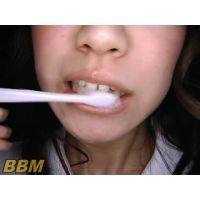 女の子の歯・ベロ磨きフェチ1(3名)