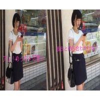 【超S級】ロリ可愛い乃木坂級美女のガードの緩いカラフルパンツ盗撮成功!