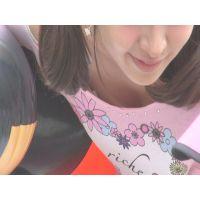 【HDオリジナル胸チラ個撮】alice007.子どものために屈んでいるイベントお姉さんの胸を。。