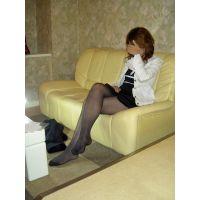 【ストッキング美脚】めぐみ22歳キャバ嬢の黒ストッキング