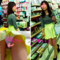 """【高画質4K】買い物中の今時""""美人女子○生""""どんなp履いてる検査してみた♪"""
