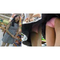 【フロントラインを狙った盗○!】ロリ系女の子の顔出しパンチラ☆
