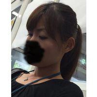 熟女盗撮:40代厚化粧若作り