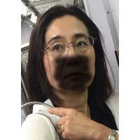 熟女痴漢:50代揺れ