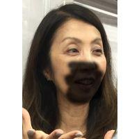 熟女痴漢:50代ガクン