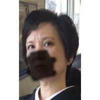 熟女痴漢:50代美貌