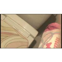 【トイレ盗撮】個室での一番油断している姿を覗き見。�_705