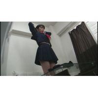 【着替え盗撮】 下着の生着替え 更にセーラー服を着用するコを撮りました!